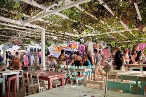 las-dalias-hippy-market