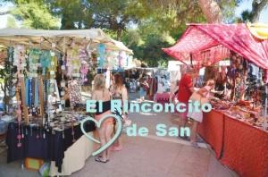 Mercadillo-Hippy-es-CAnar-Ibiza
